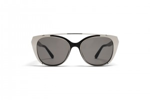 mykita-no2-sun-inga-black-grey-solid-2502405-p-2-j
